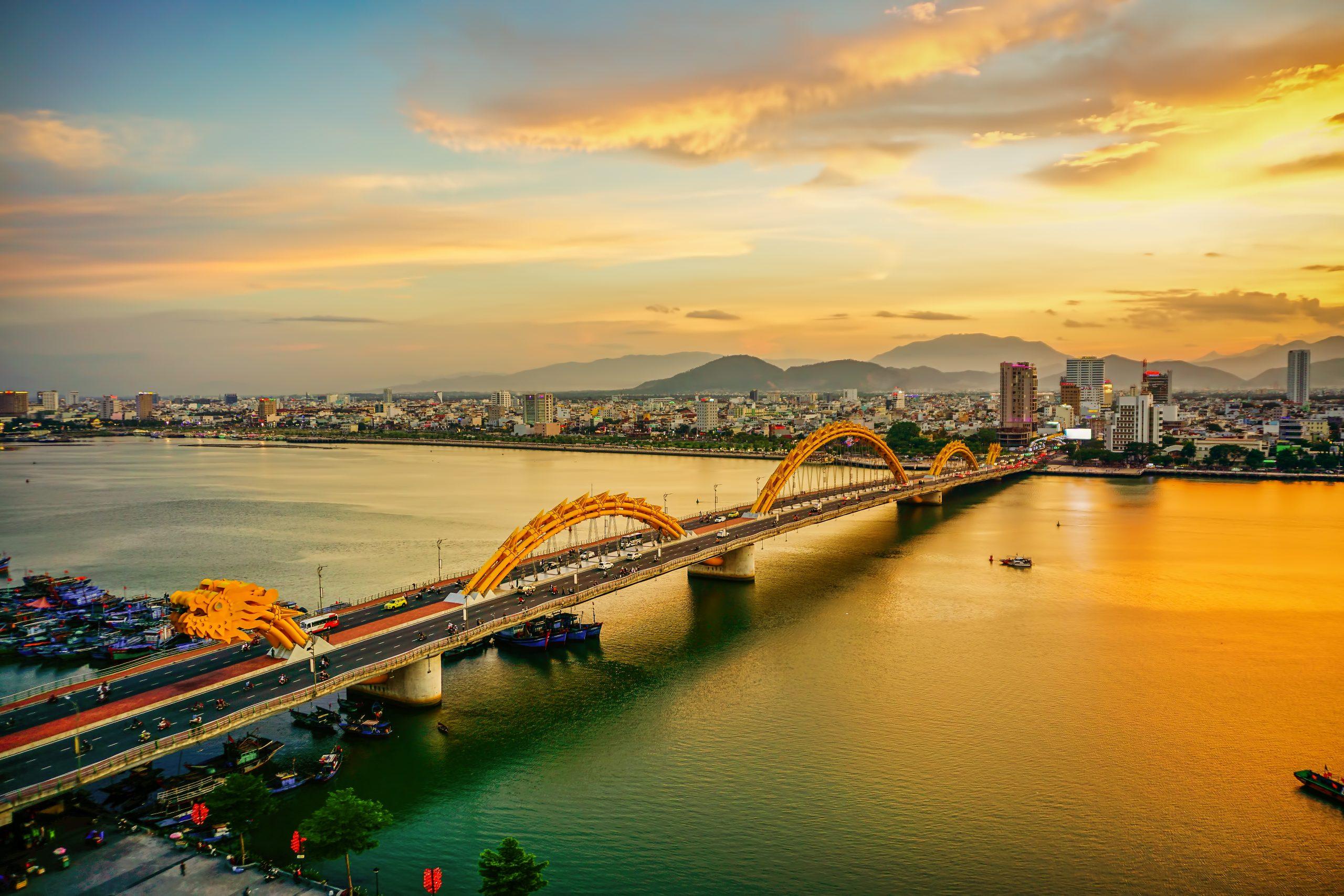 Iconic Dragon Bridge Crossing The Han River In Danag