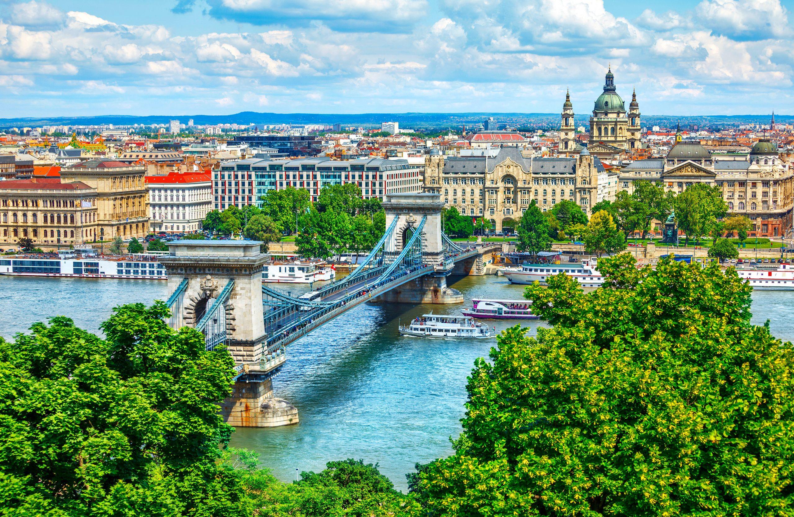 Enjoy An Amazing 2 Day Budapest Tour From Zagreb