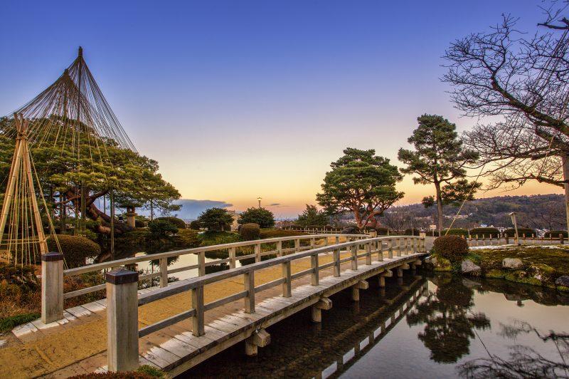 Enjoy Kenrouken Garden In Kanazawa