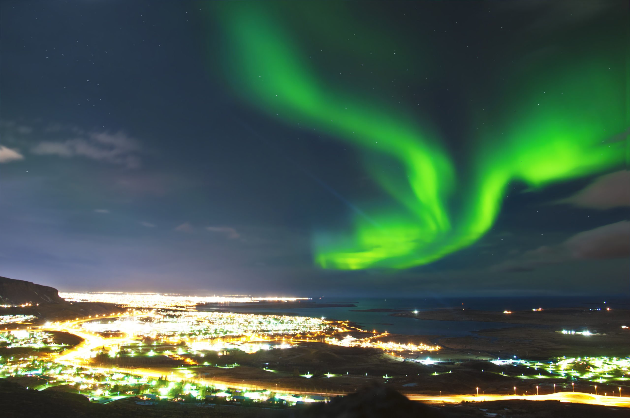 Experience The Aurora Lights Near Reykjavik On The Northern Lights Small Group Tour (1)