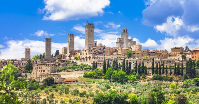 Explore The Medieval Town Of San Gimignano During The Best Of Tuscany Tour