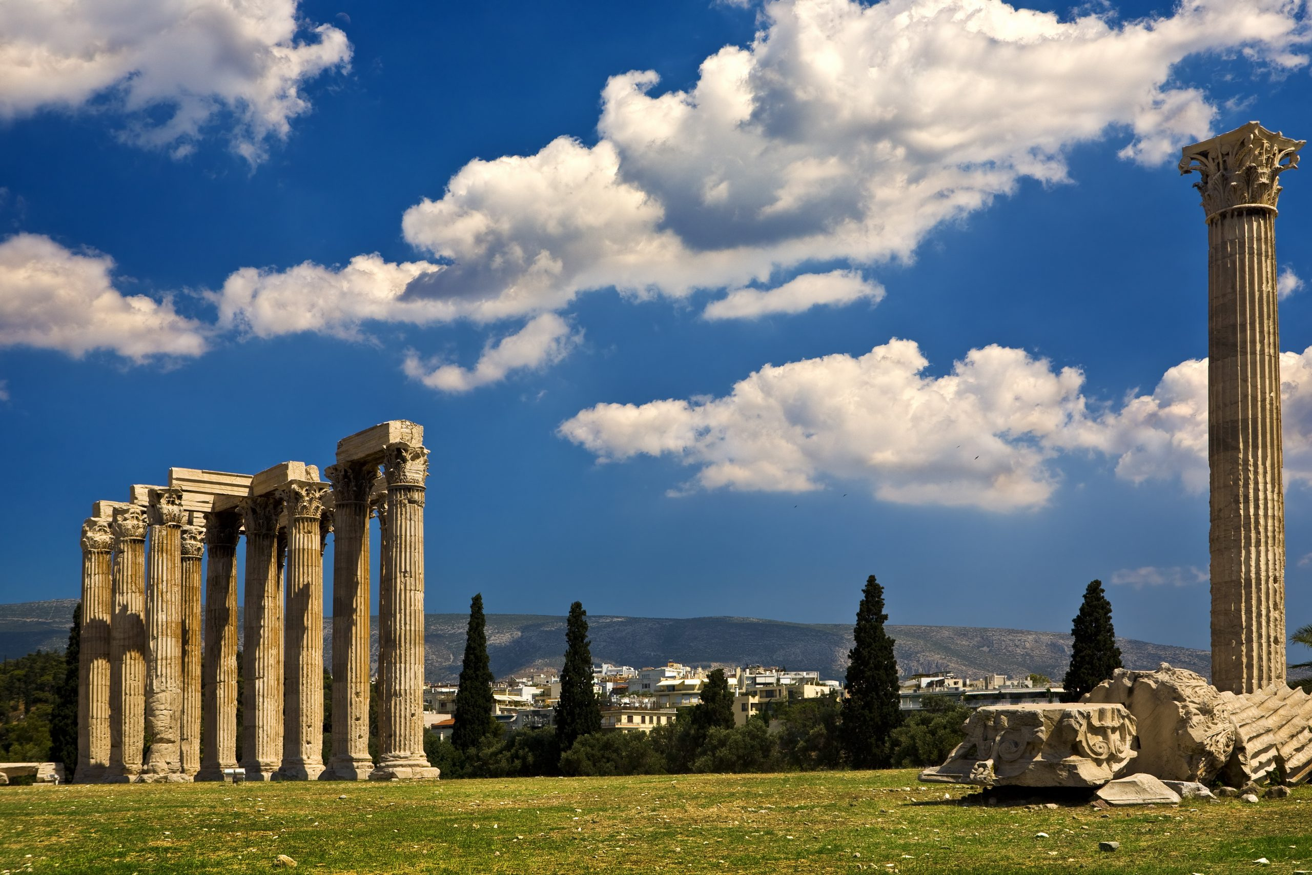 Explore The Temple Of Olympian Zeus (olympieion), One Of The Largest Zeus Temples In The World On Your Athens Myth Tour