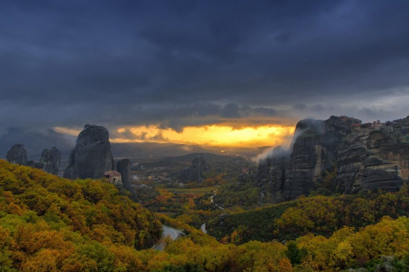 Sunset Over Meteora_47