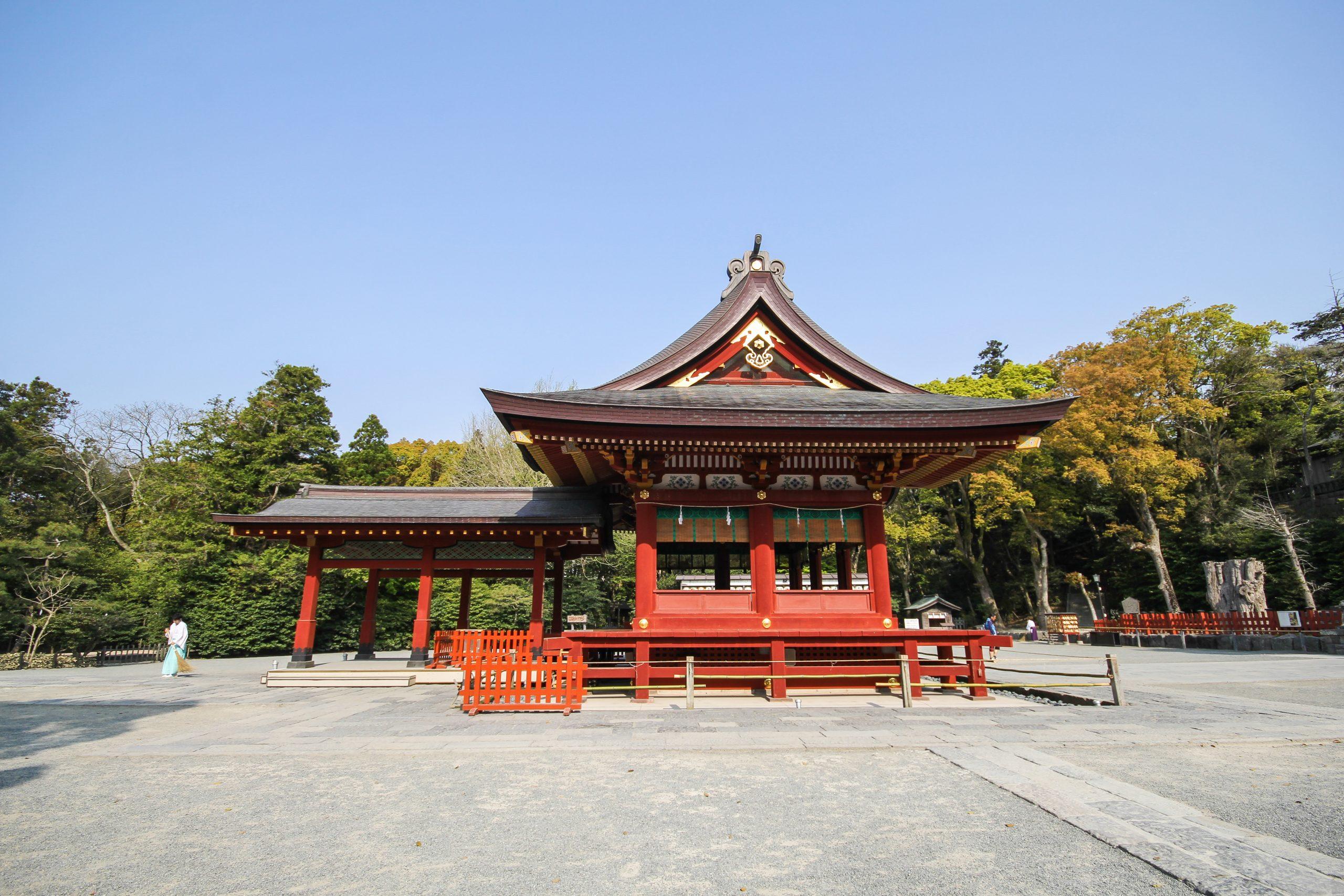 Visit The Tsurugaoka Hachimangu Shrine On Your Kamakura Walking Tour And Tea Ceremony