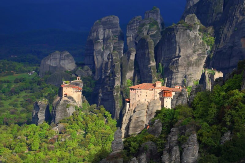 After A Scenic Train Ride You Will Reach Kalampaka And Start Your 3 Day Adventure The Meteora 3 Day Tour From Athens And Thessaloniki By Train