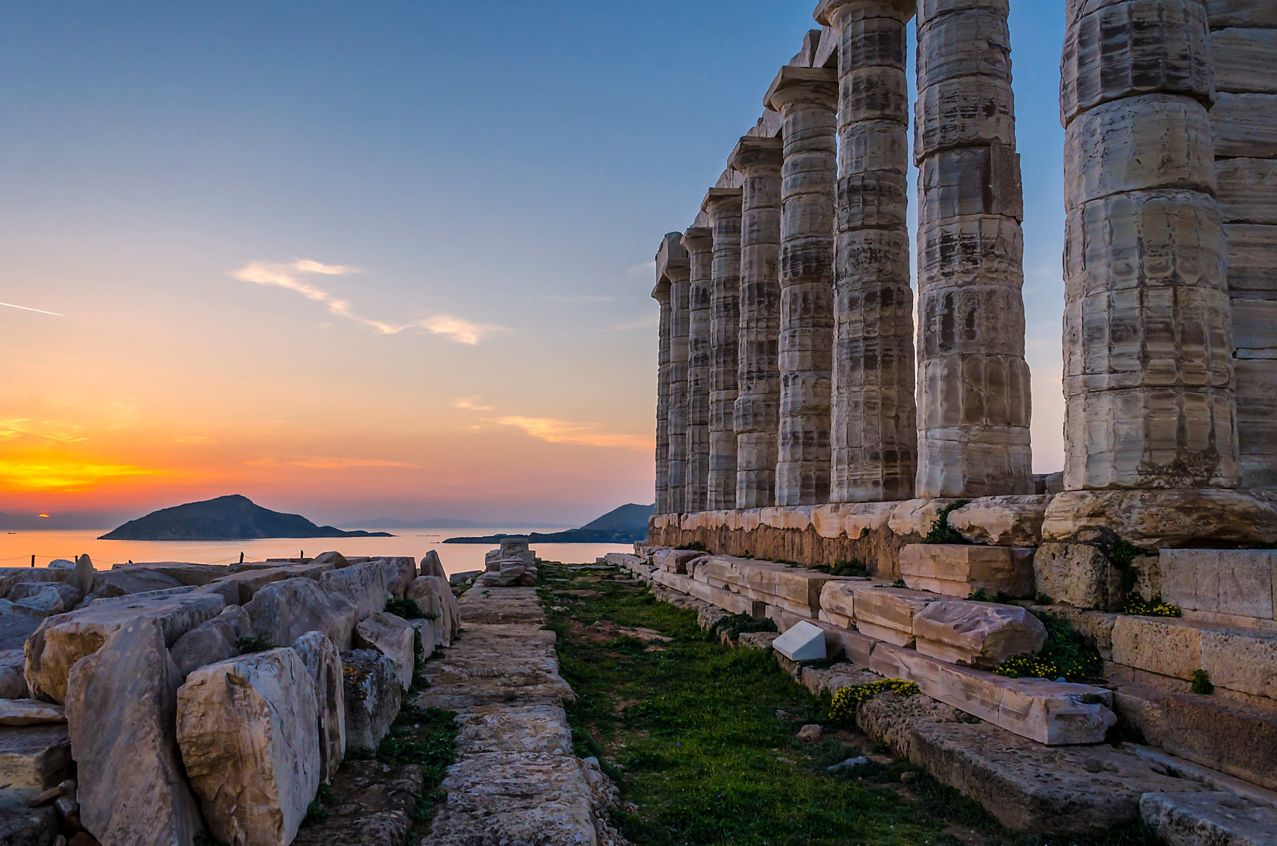 Discover The Temple Of Poseidon On The Sunset Cape Sounio Tour From Athens