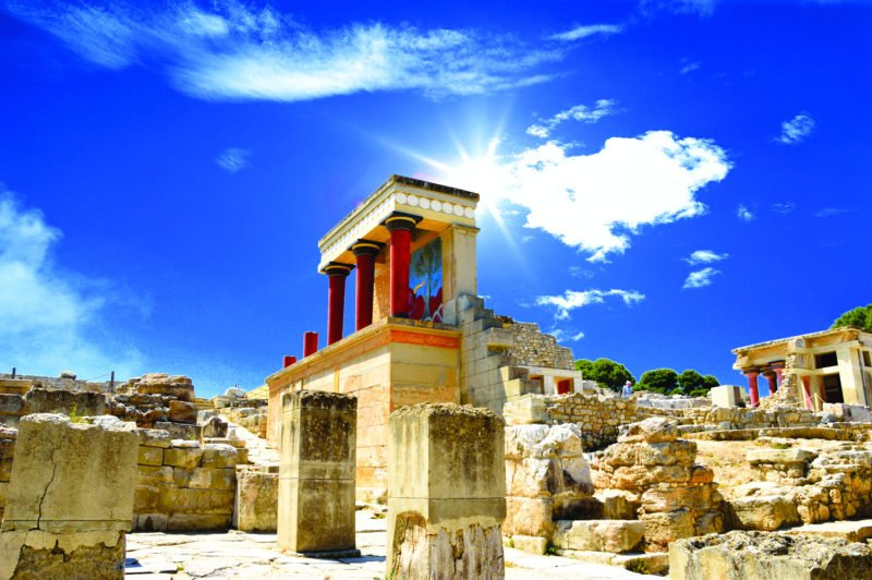Discover The Beautiful Palace Of Knossos