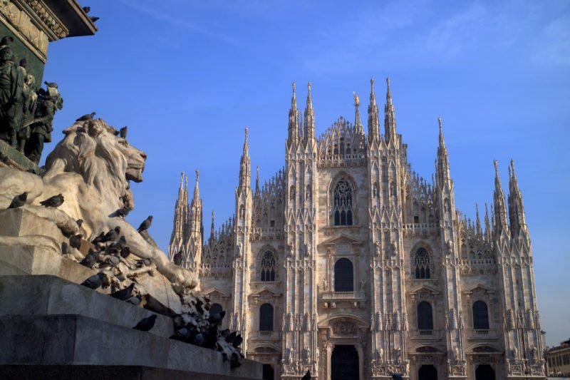 Discover The Famous Duomo On The Milan Night Walking Tour