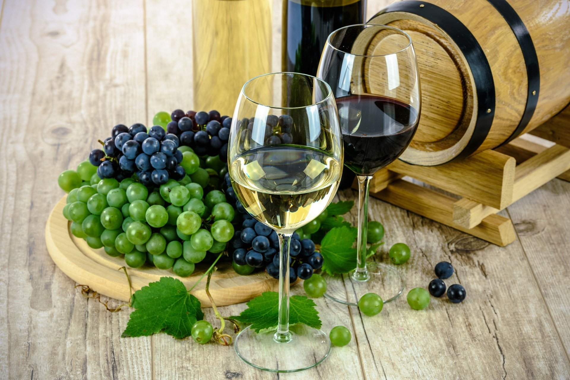 Enjoy A Glass Of Local Wine To Your Self Made Meal On The Rome Market Tour And Cooking Experience_52