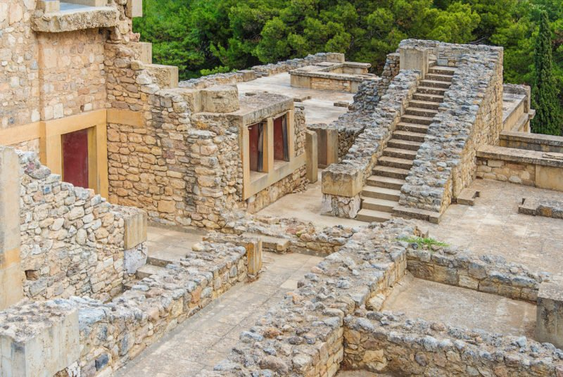 Enjoy A Visit Of The Ancient Ruins Of Knossos And The Archaelogical Museum Of Heraklion On The Knossos Palace And Heraklion Archaeological Museum Tour