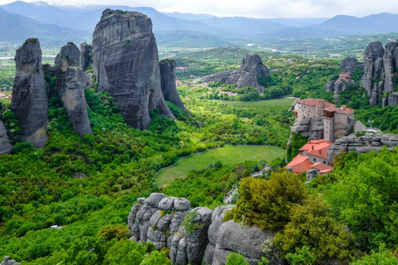 Enjoy The Breathtaking Views On The Meteora Day Tour From Athens Or Thessaloniki By Train