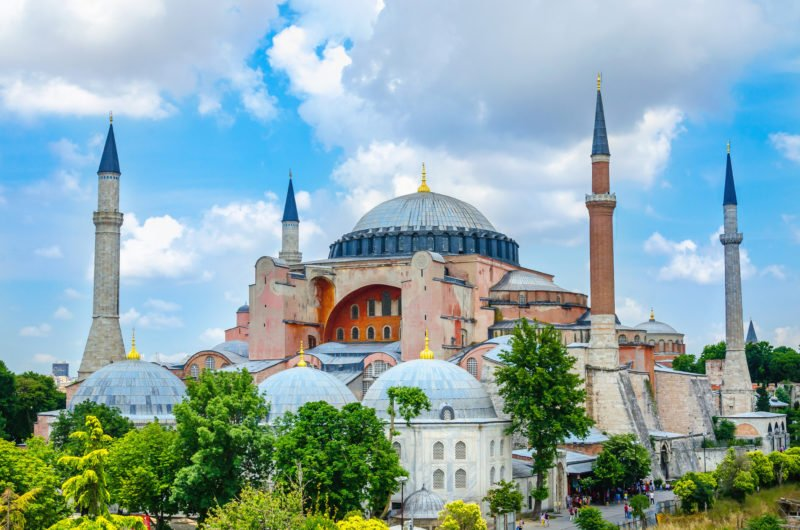 Explore The Glorious Hagia Sophia On The Insider Istanbul Old City Tour