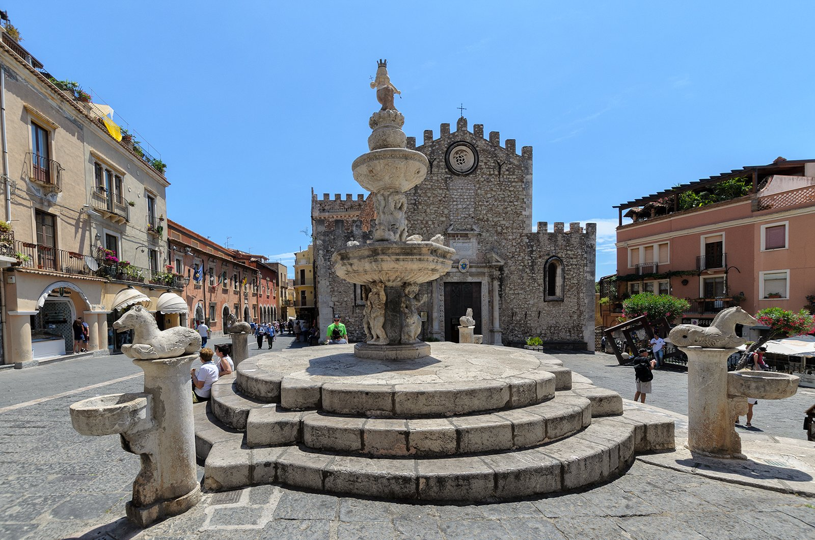 Explore The Picturesque Town Of Taormina On The Insider Taormina City Tour _48