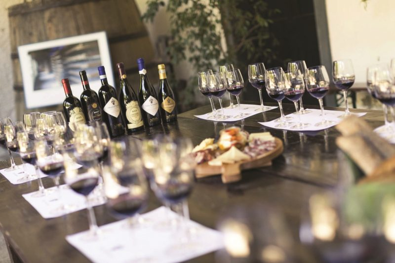 Learn From A Professional Sommelier About The Valpolicella Wine On The Valpolicella Wine Tasting Experience _52