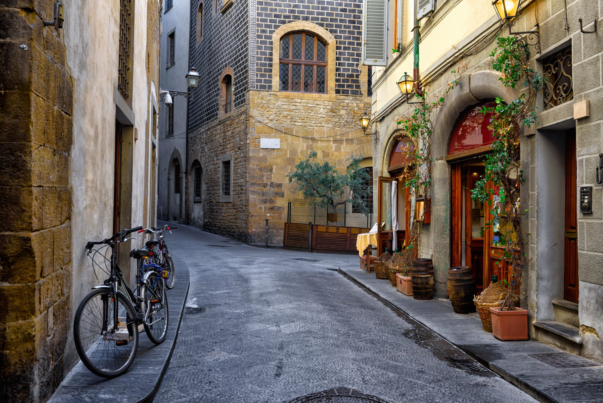 Stroll Through The Alleys Of Florence And Catch The Cities Magical Atmosphere On The Florence Night Walking Tour