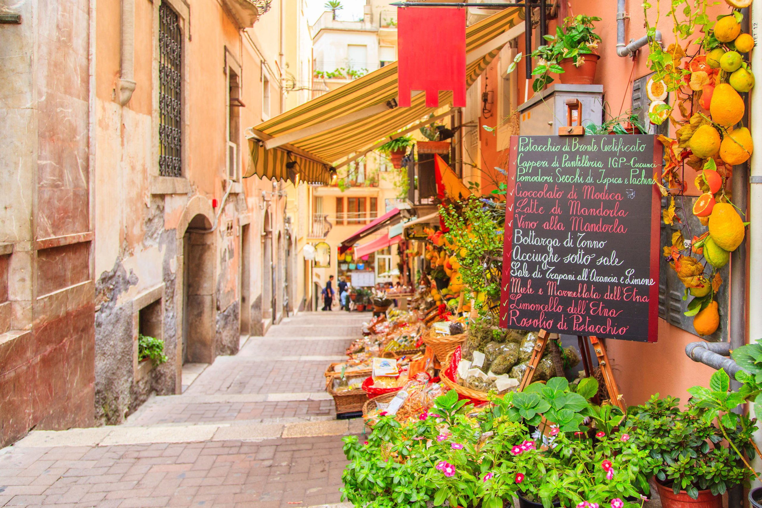 Stroll Through The Beautiful Streets On Your Insider Taormina City Tour