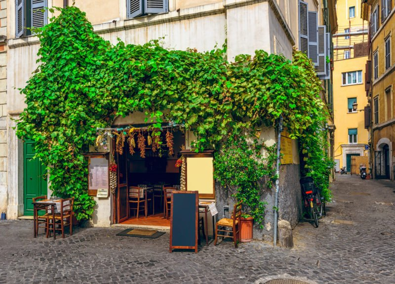 Visit Some Local Food Stores And Restaurants On The Rome Food Tour
