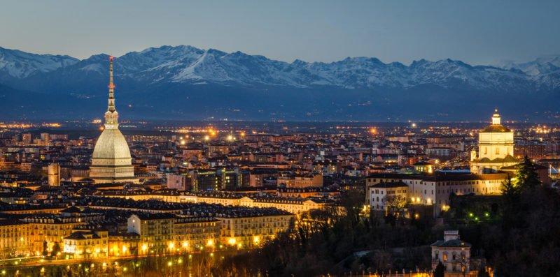 Visit The Famous Landmarks On The Turin Night Walking Tour