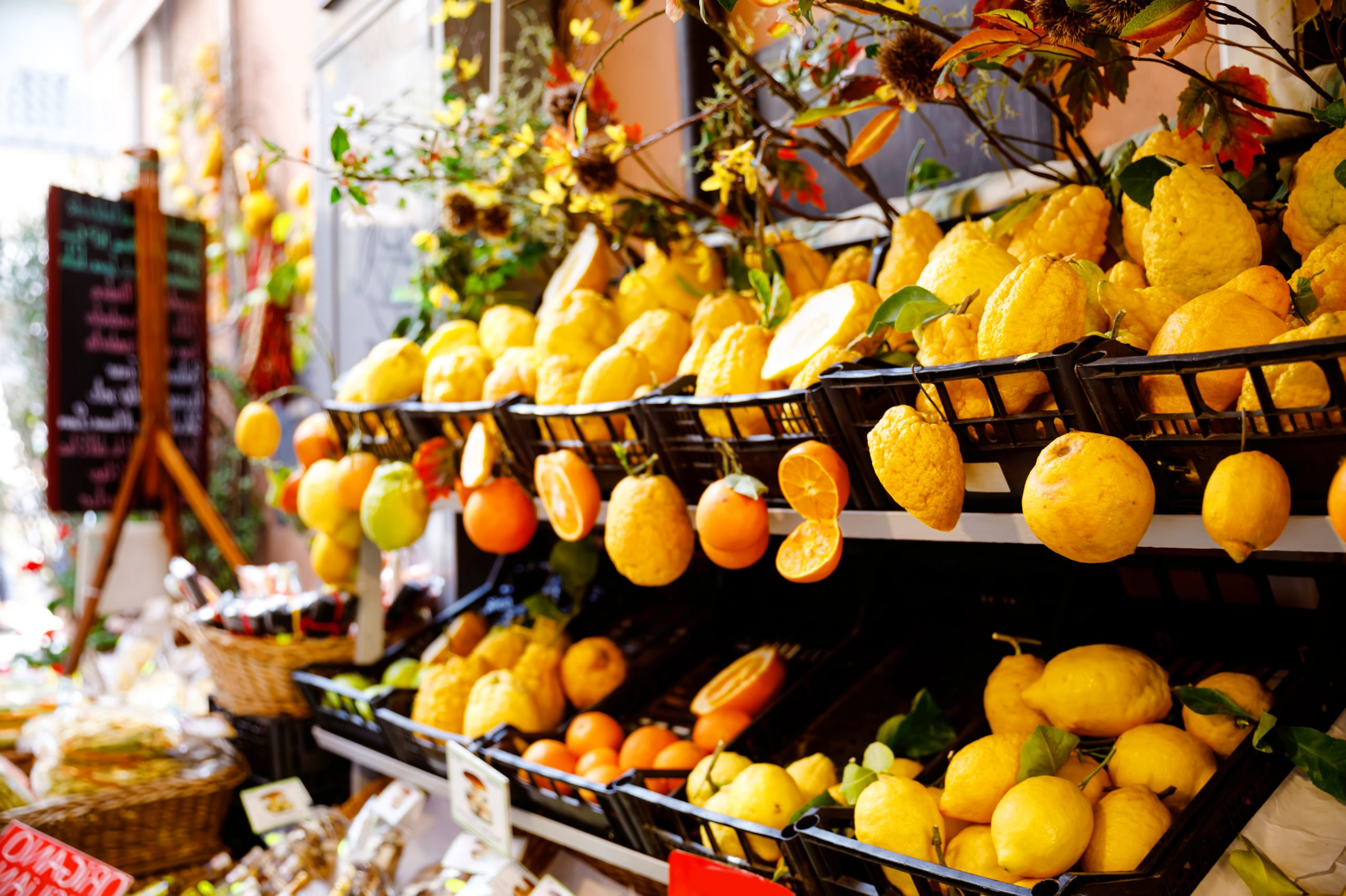 Visit The Traditional Markets On The Taste Of Sicily 8 Day Tour Package