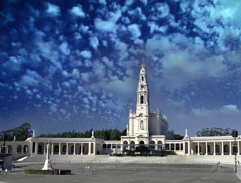Admire The Sanctuary Of Fatima On The Fatima Tour From Lisbon