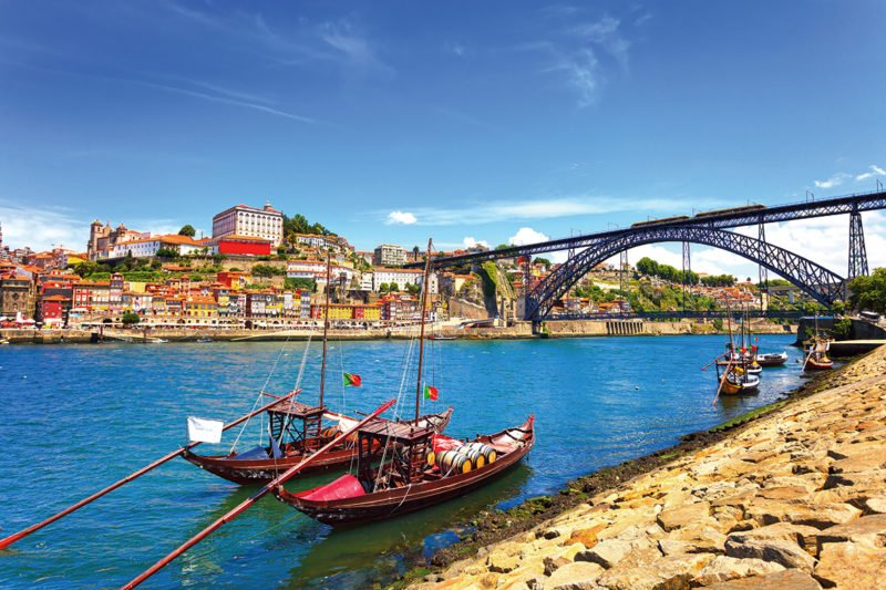 Discover Porto With Us