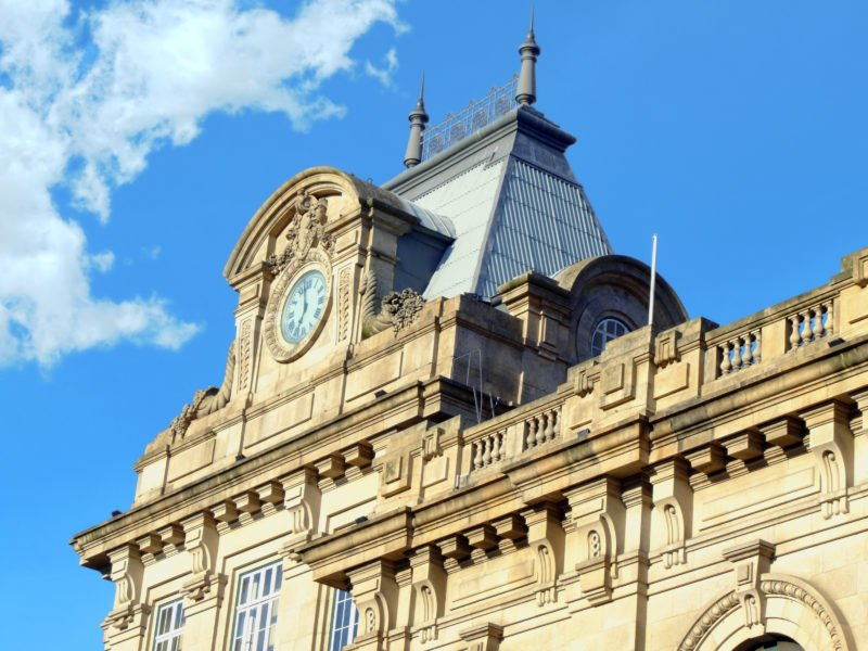 Discover The Beautiful Facade Of The São Bento Train Station On The