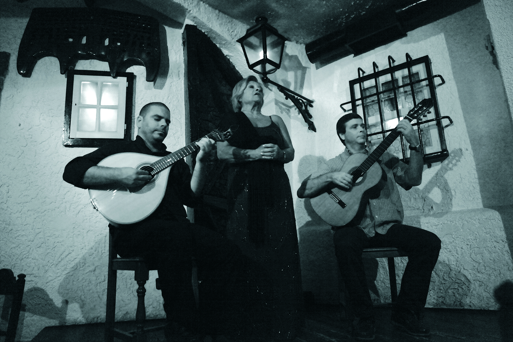 Enjoy A Traditional Fado Show On The Lisbon Fado Experience And Dinner_59