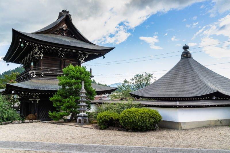 Explore 5 Temples On The Higashiyama Walking Course From Takayama