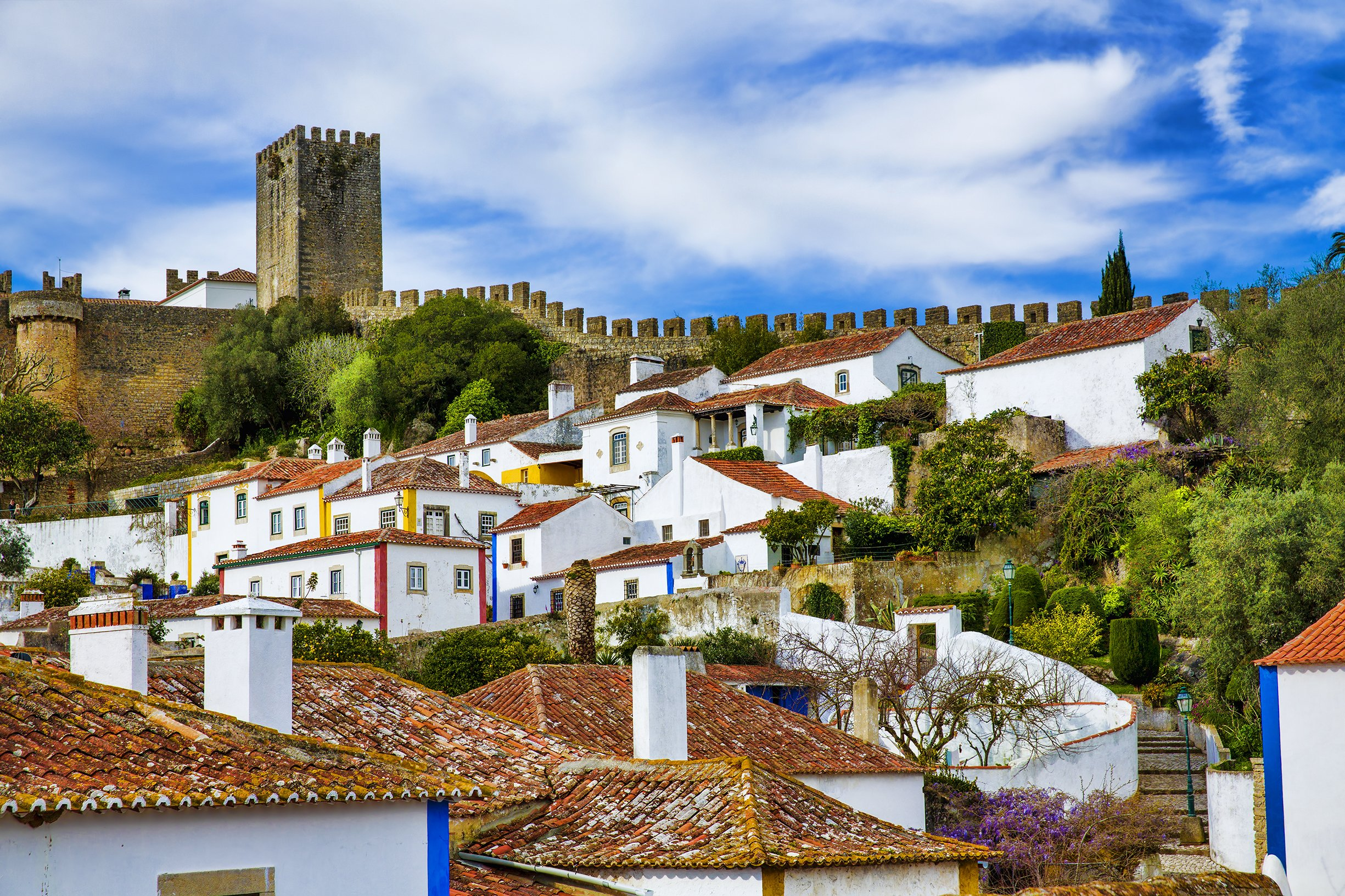 Explore The Walls Of Obidos On The Fatima Tour From Lisbon