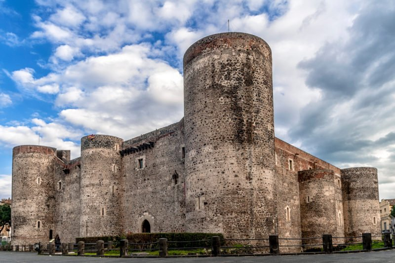 Stop At The Famous Landmark The Castello Ursino Catania City And Street Food Tasting Tour