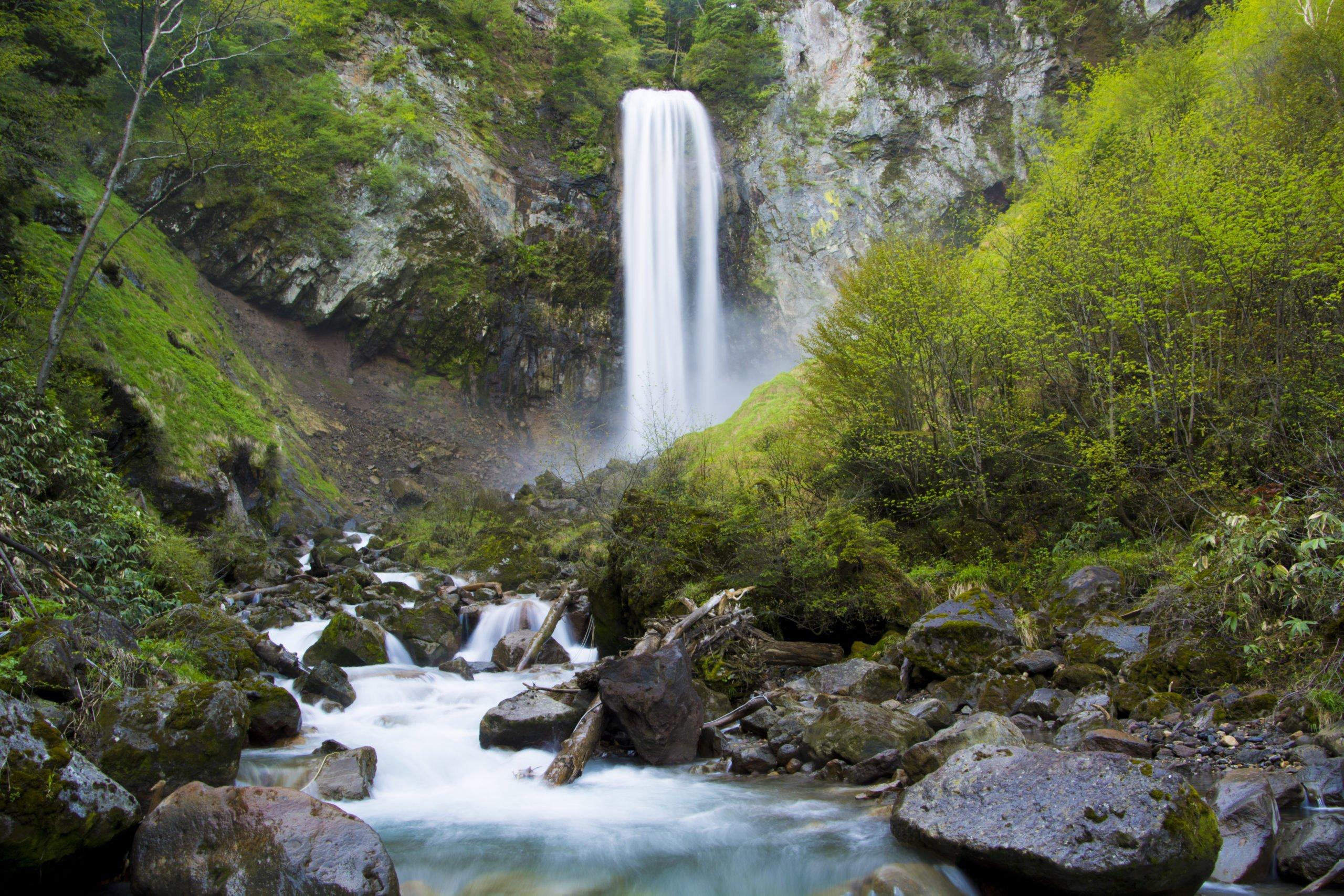 Visit The Hirayu Waterfall On The Hirayu Waterfall Hike From Hirayu Onsen