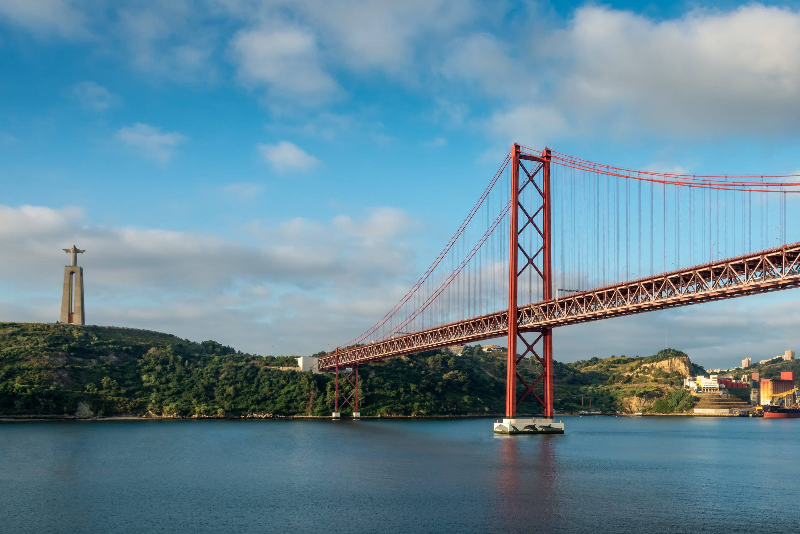 Cross The Tagus River From Lisbon To Evora On The South Of Portugal 4 Day Package Tour