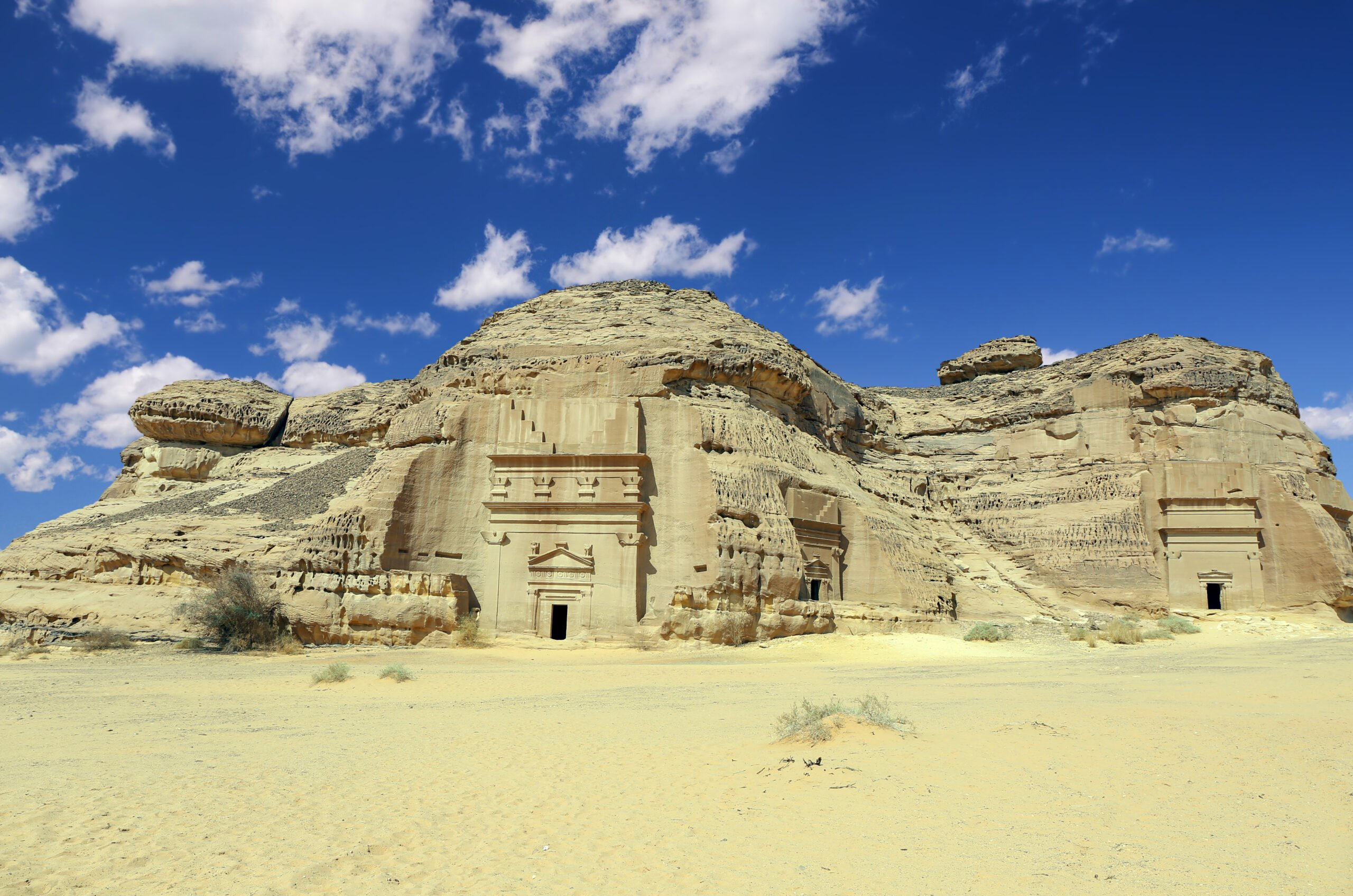 Discover The Beautiful Handmade Houses In Madain Saleh During The 3 Day Madain Saleh Tour From Al Ula