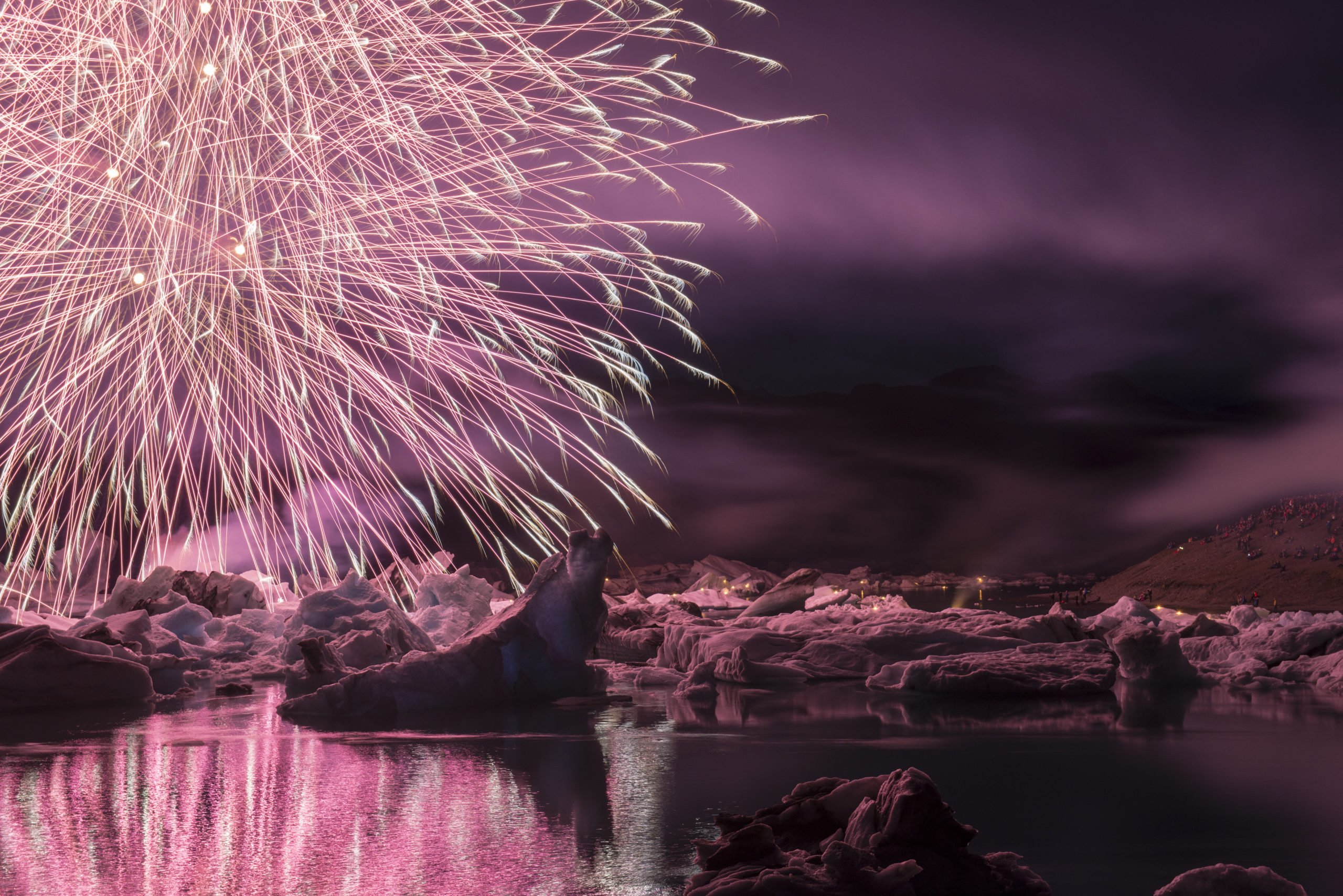 Enjoy Fireworks Display In Our New Year's Eve Bonfire Tour