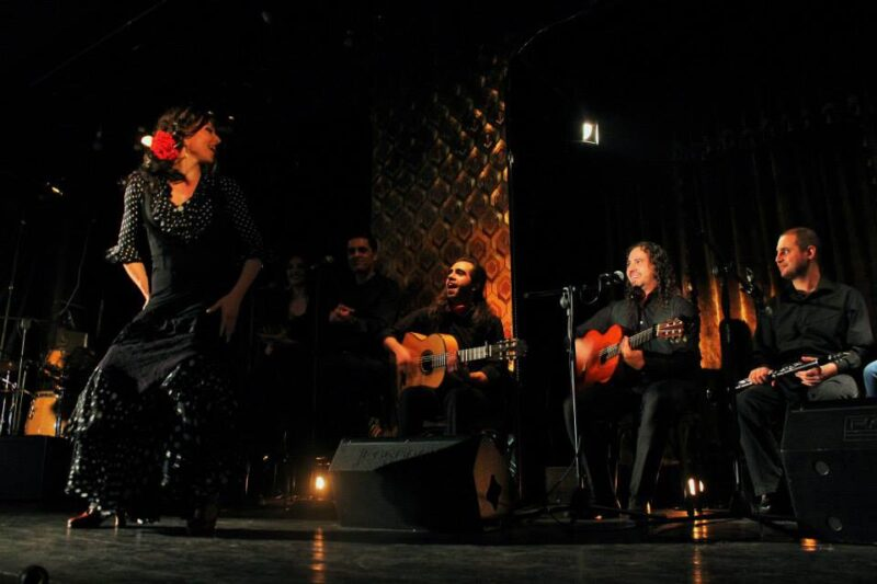 Enjoy A Flamenco Show On The Tapas And Flamenco Experience In Seville