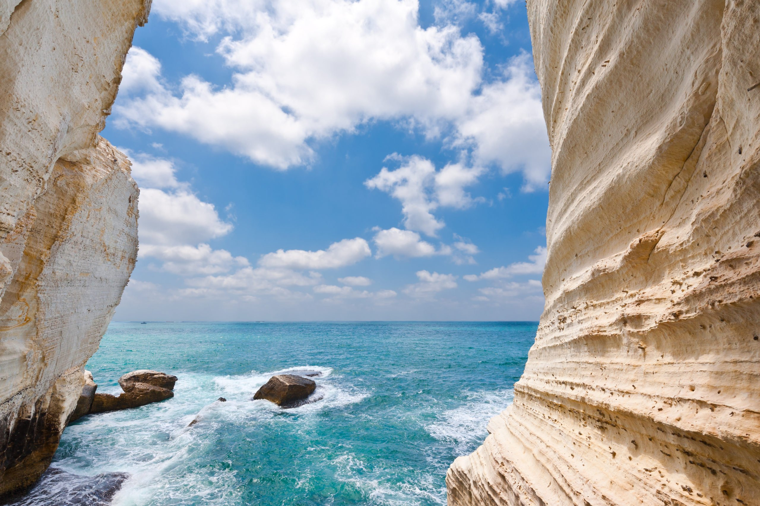 Enjoy A Guided Tour Of Rosh Hanikra On The 13 Day Highlights Of Israel Saudi Arabia Jordan Package Tour Scaled