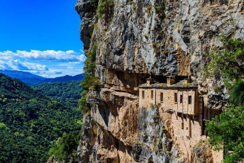 Enjoy The Views Of Kipina Monastery During The Sirako And Kalarites Hiking Tour From Tzoumerka