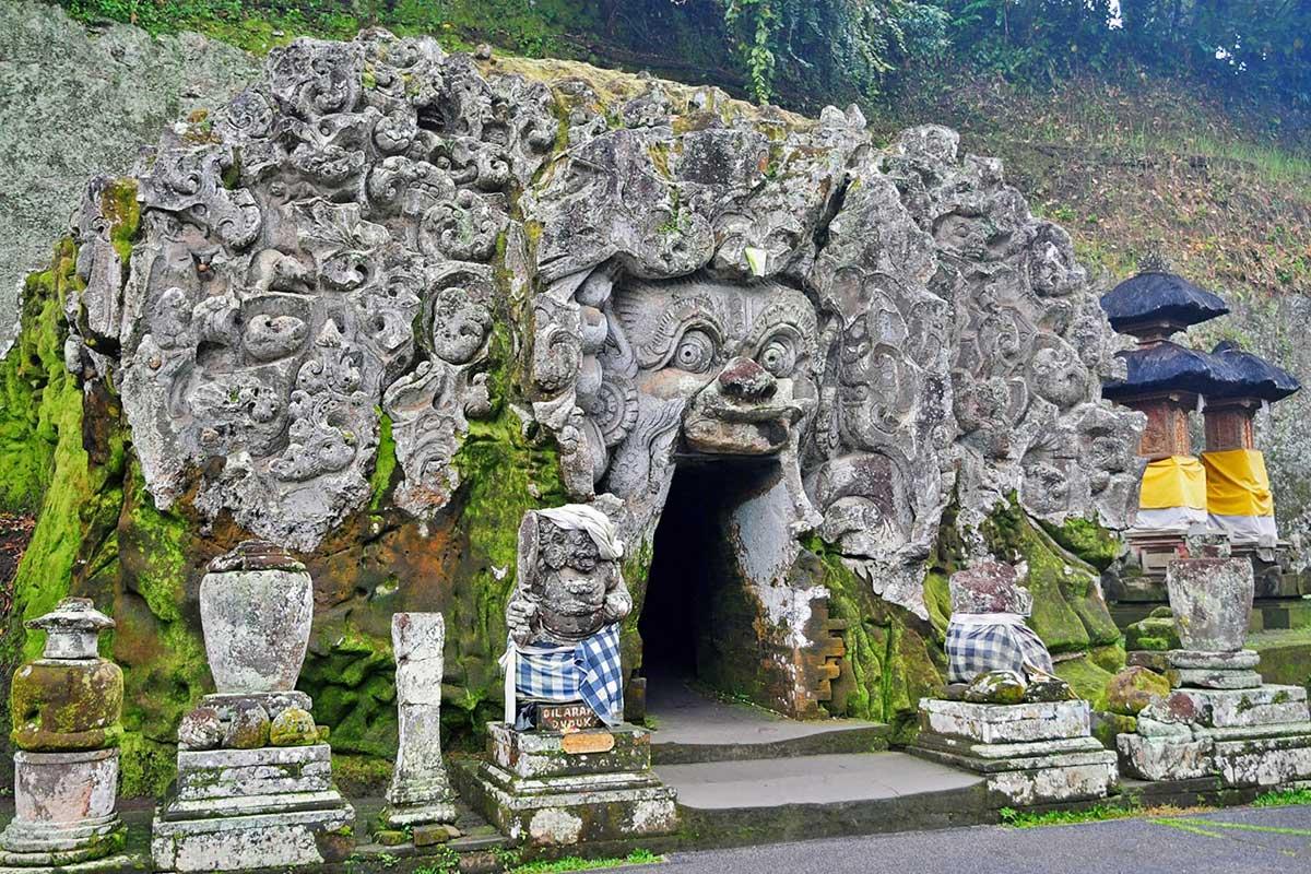 Enter The Famous Goa Gajah Cave During The Bali Culture Tour