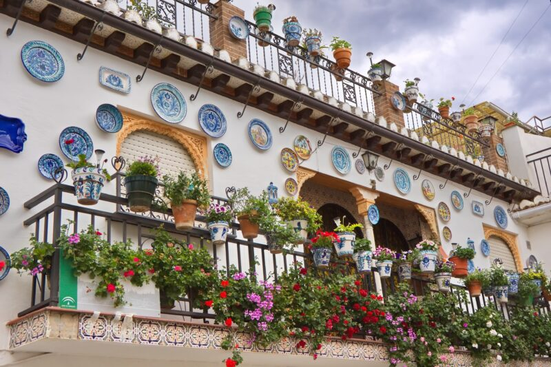 Experience The Artistic Site Of Granada On The Granada Tour From Seville