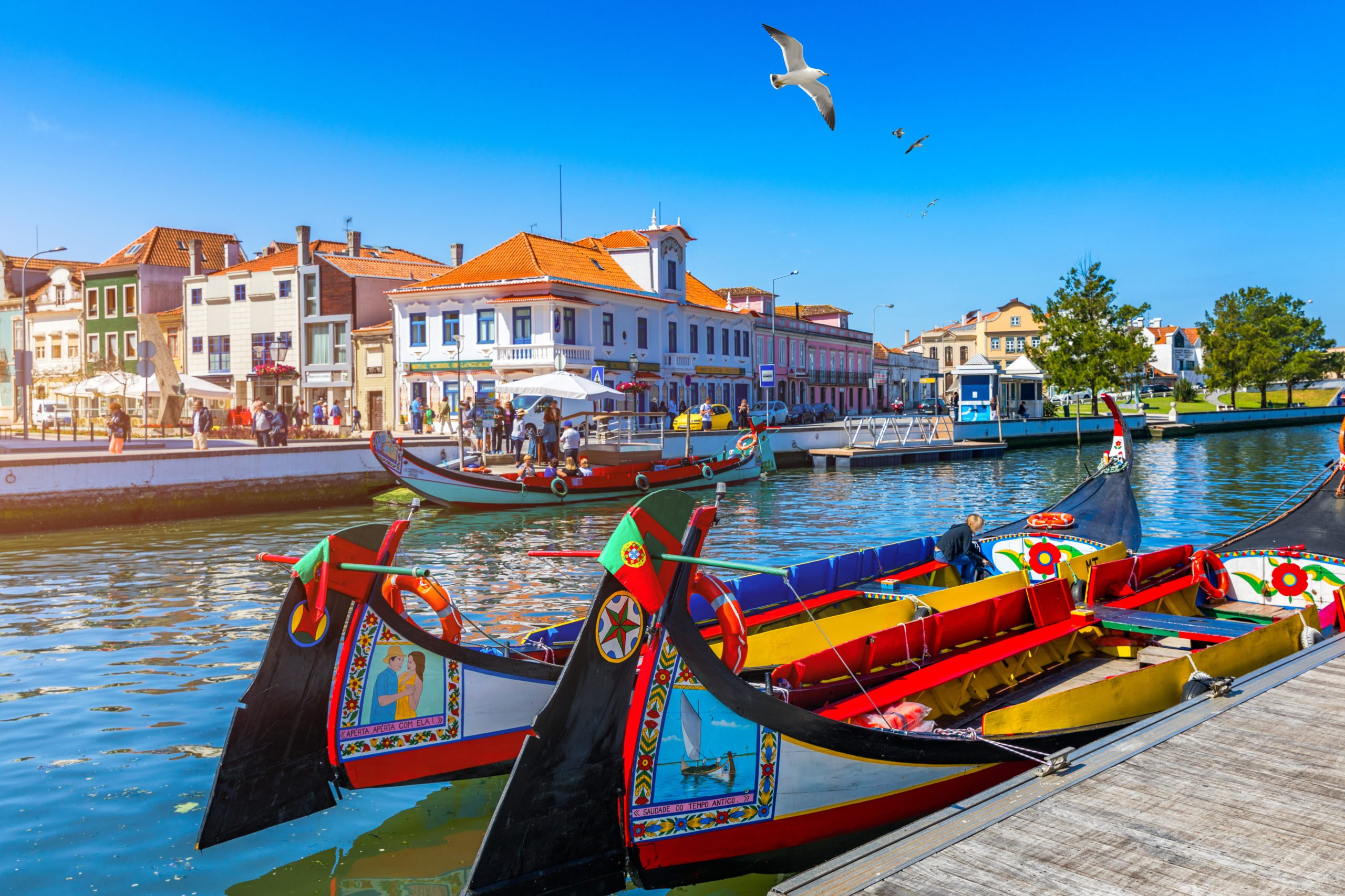 Explore The Picturesque Town Of Aveiro On The North Of Portugal 6 Day Package Tour