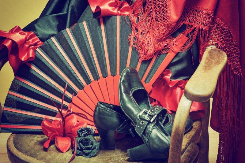 Join Us To A Tapas Trail & Gypsy Flamenco Show In Granada