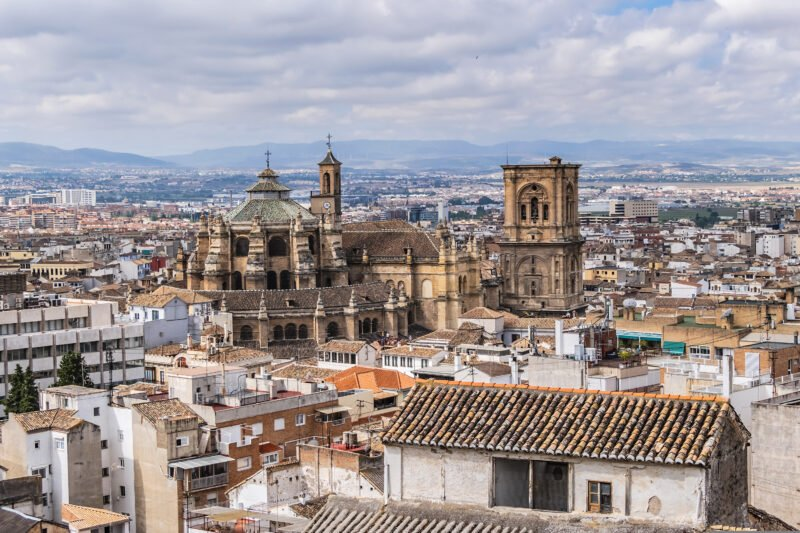 Join Us To The Granada Tour From Seville
