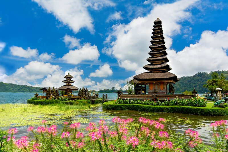 Stop At The Ulun Danu Temple During The Tamblingan, Buyan And Beratan Lake Tour