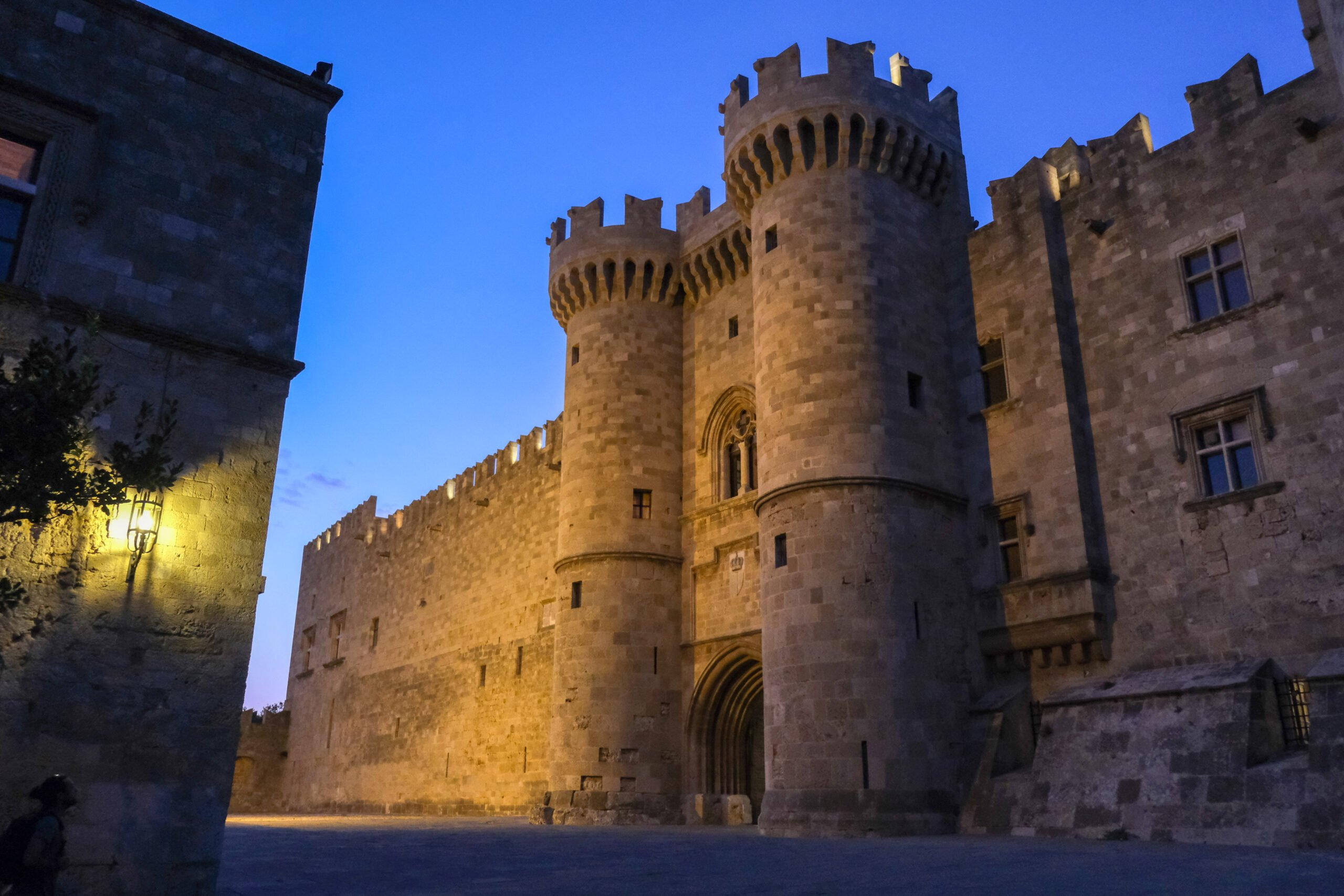 Explore Rhodes Medieval Town In Our 3 Day Getaway Rhodes Tour