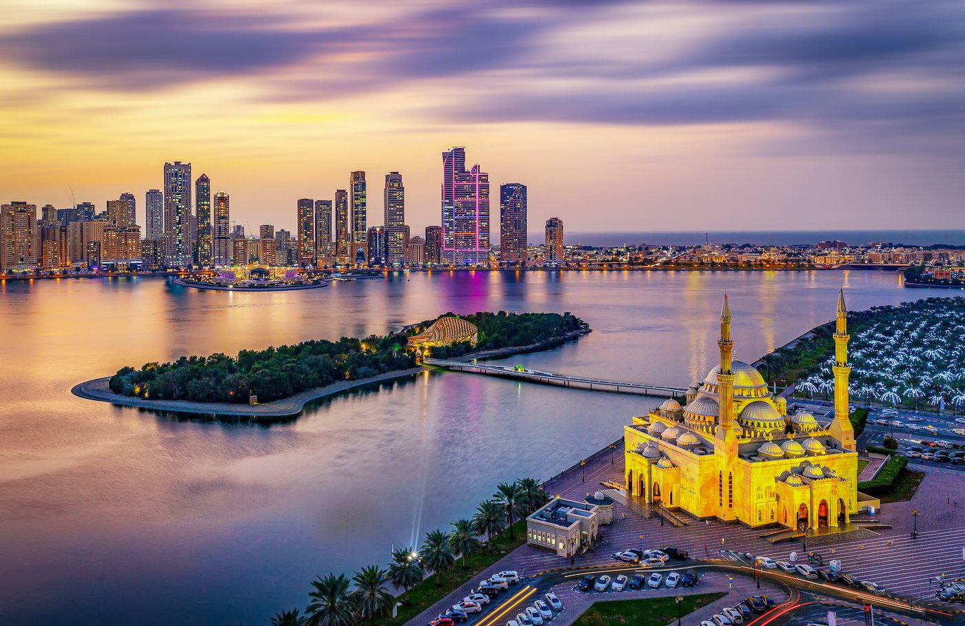 See Sharjah On Our 7 Day Dubai, Abu Dhabi, Sharjah & Ajman Tour Package