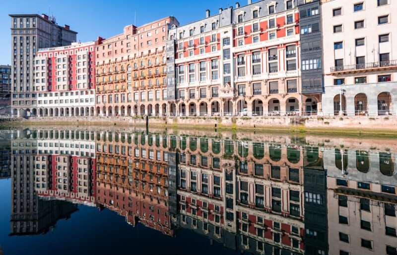Discover The Old Town Of Bilbao With Your Local Guide On The Bilbao Old City & Food Tasting Tour
