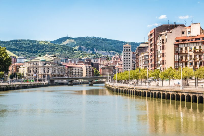 Discover The Riverbank Of Bilbao On The Bilbao Old City Tour