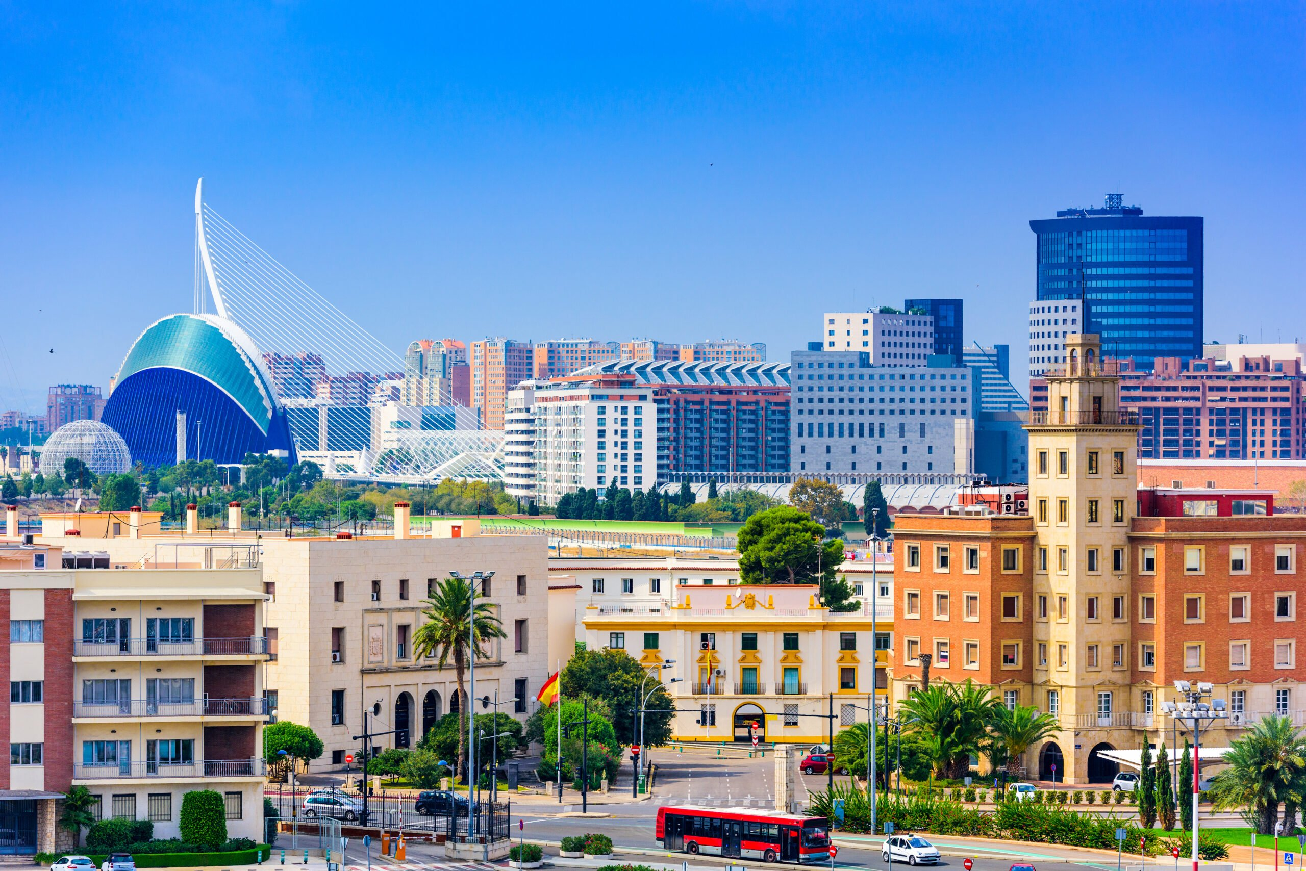Explore Valencia's Iconic City Of Arts And Sciences In Our City Of Arts & Sciences Tour With Rooftop Wine Tasting And Tapas