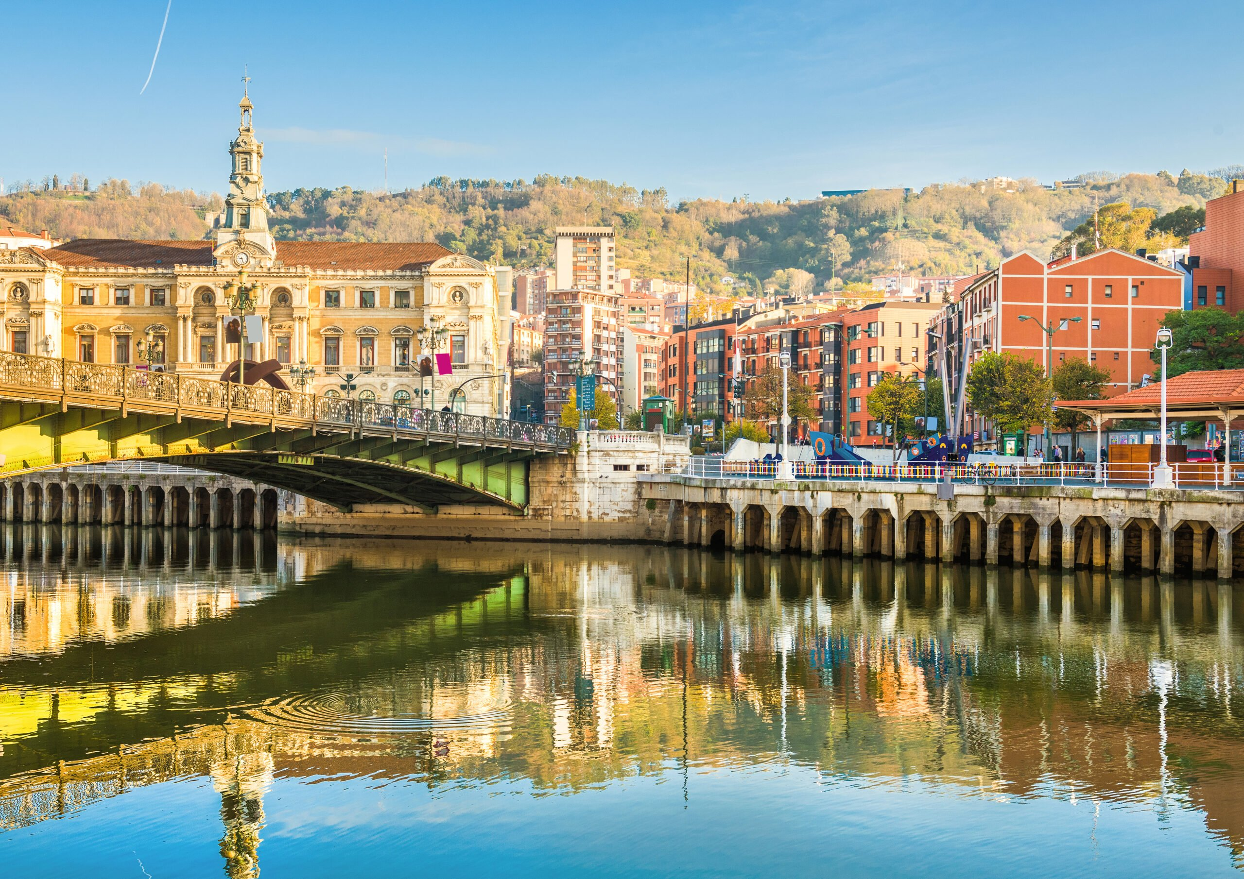 Start Your Day With A Visit Of The Old City Of Bilbao On T He Txakoli Wine Tasting Tour From Bilbao