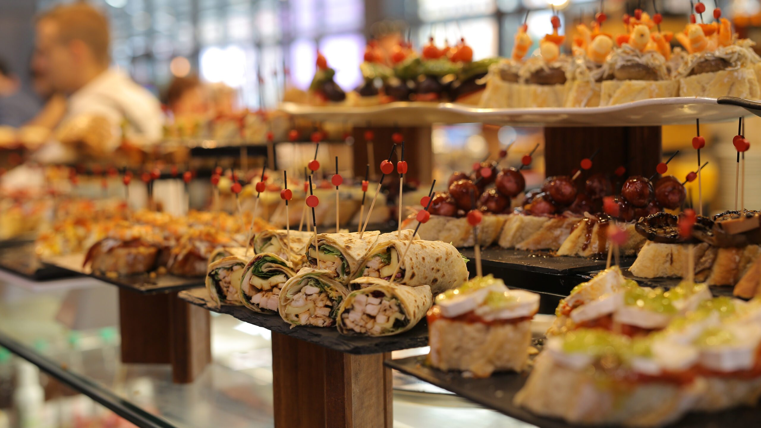 Stop And Try The Pintxos On The Bilbao Old City Tour